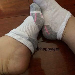 🦶🏻worn sweaty gym socks smelly🦶🏻